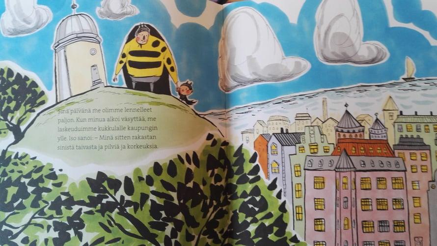 Ninka Reitun kuvitukset ovat aivan omaa luokkaansa. Erityisen ilahtunut olin tästä kirjan aloitusaukeamasta, jossa parivaljakko seisoo Tähtitorninmäellä. Rakkaan Helsinkini kuvaukset lastenkirjoissa sykähdyttävät aina.