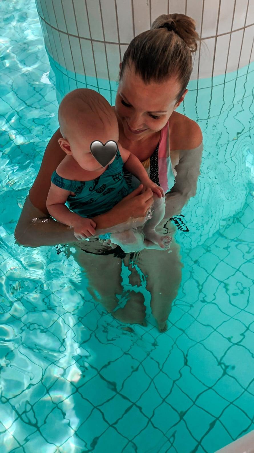 Ennen ensimmäistä uintikertaa jännitin, miten saisin pidettyä Peetun tyytyväisenä.