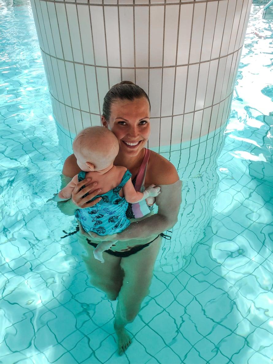 Vauvauintiin liittyy paljon erilaisia pelkoja, jotka voi olla esteenä harrastuksen aloittamiselle.