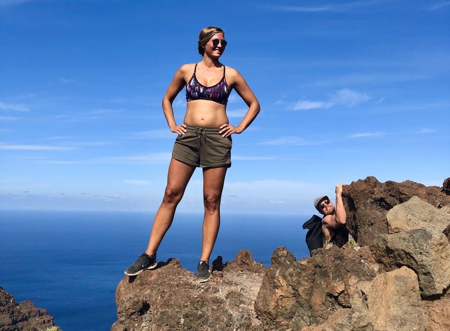 Tuolloin raskausvatsa alkoi hieman näkymään. Urheilu ja vuoren valloitus olivat tämän loman kohokohtia.