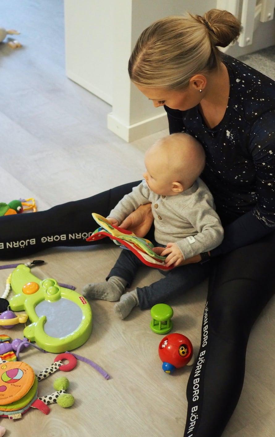Minä ostan lastentarvikkeet mieluiten netistä. Kuva: Elisa Honkasalo