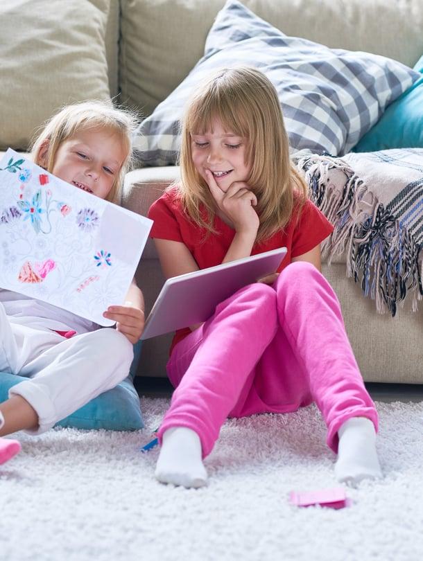 Empatiakykyinen lapsi osaa ottaa muutkin huomioon. Kuva: iStockphoto