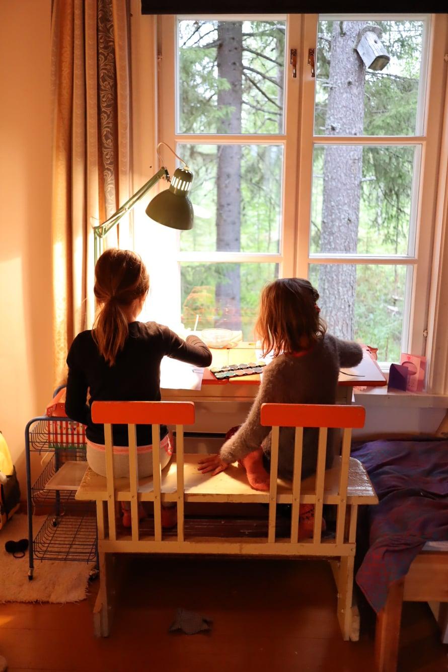 Kun ei ole kiire minnekään, kotona on aikaa olla ja keksiä vaikka mitä tekemistä.