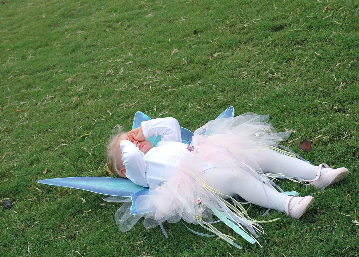 """""""Yritän miettiä, että pienellä on vielä raskaampaa kuin vanhemmilla"""", kertoo Vauvan lukija. Kuva: iStockphoto"""