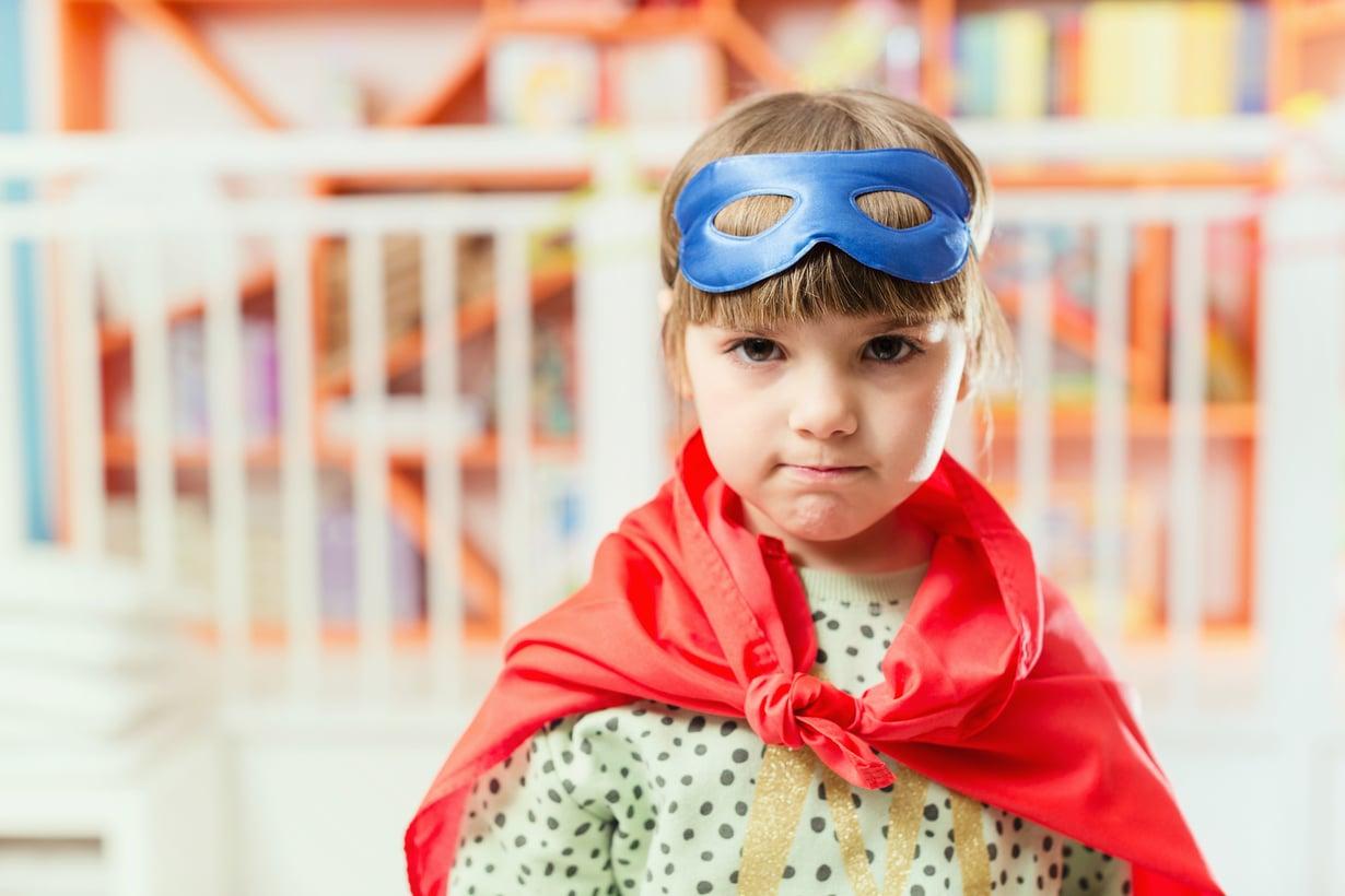Kiukku ja kuohunta on lapselle tarpeellista: ilman niitä hän ei itsenäistyisi vanhemmistaan. Kuva: iStock