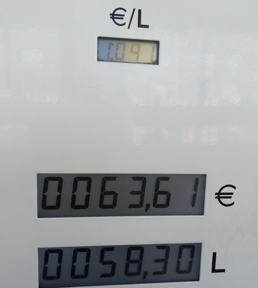 Automatkailijan kannattaa käydä Luxemburgissa ihan kirjaimellisesti, sillä polttoaine on edullista.