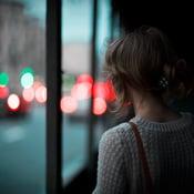 Kuka kaiken hoitaisi, jos lähtisin? Kun riittämättömyyden tunne painaa liikaa, on syytä tutustua sisäiseen vaatijaansa. Kuva: iStockphoto